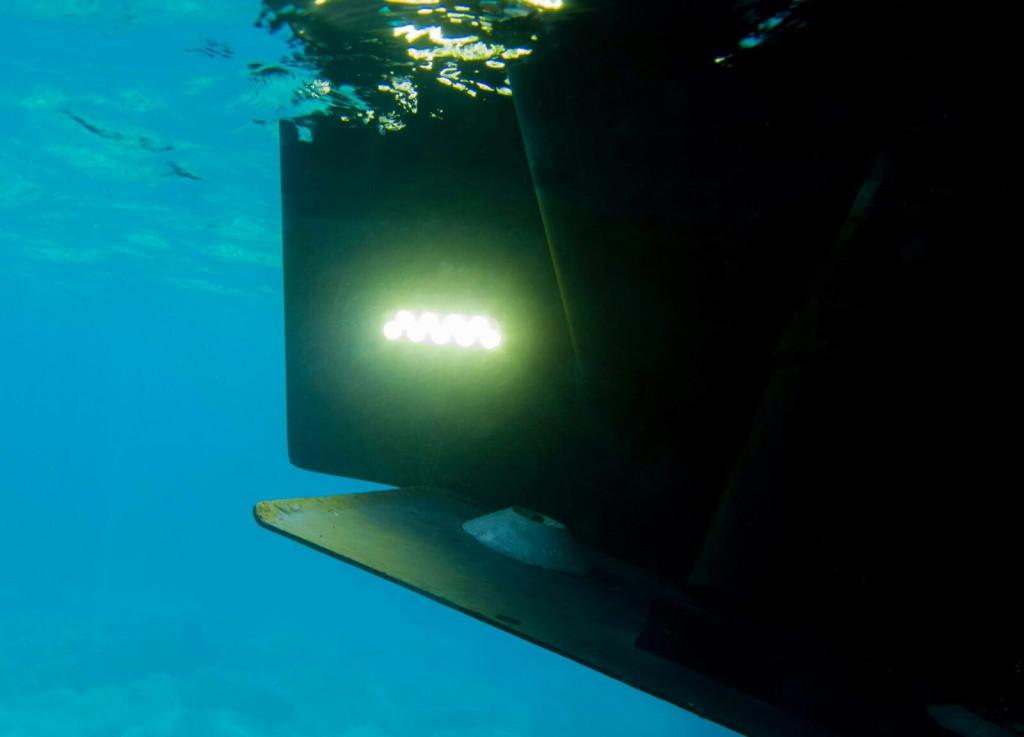 υποβρυχια φωτα